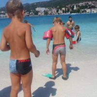 Ljetovanje djece iz udruge Zagrljaj u Selcu
